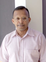 Photo of Dr. Mathew