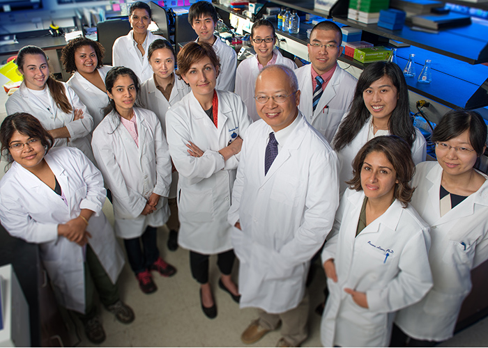 Photo of MIIR scientists