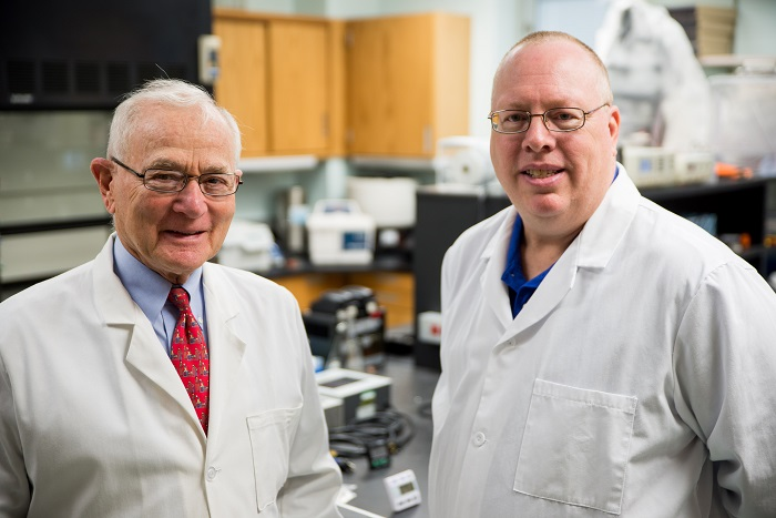 Photo of Drs. Stanek and Mufson in lab