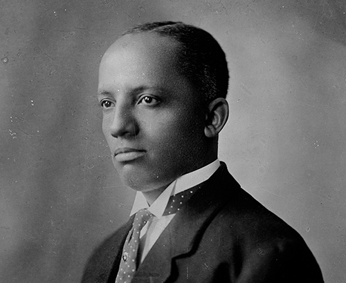 AC0618 Scurlock 004 69/ 0000323 Portrait of Doctor Carter Woodson wearing a spotted tie.